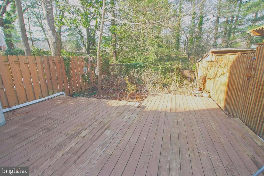 EXIT  DINING RM SLIDER TO FENCED  DECK &GARDEN* - 10263 WILDE LAKE TER, COLUMBIA