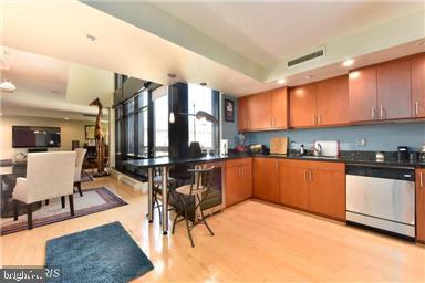 Kitchen - 912 F ST NW #706, WASHINGTON