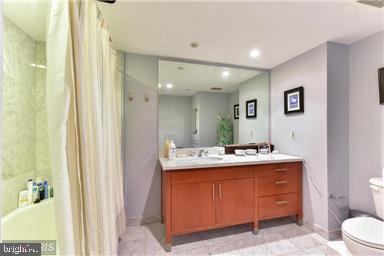 Bathroom - 912 F ST NW #706, WASHINGTON