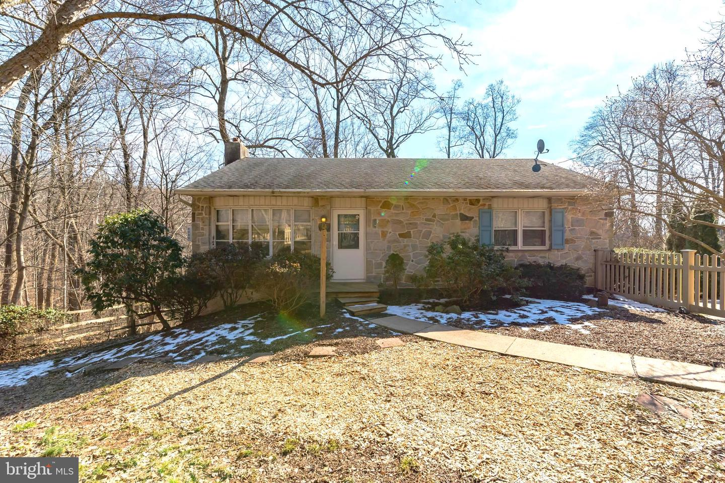 Photo of home for sale at 1828 Keim Street, Pottstown PA