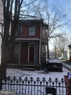 Photo of home for sale at 34 Jacoby E, Norristown PA