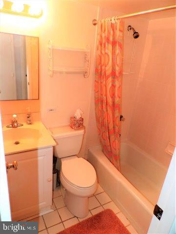 Bath 2b - 429 BAYSHORE DR #205, OCEAN CITY