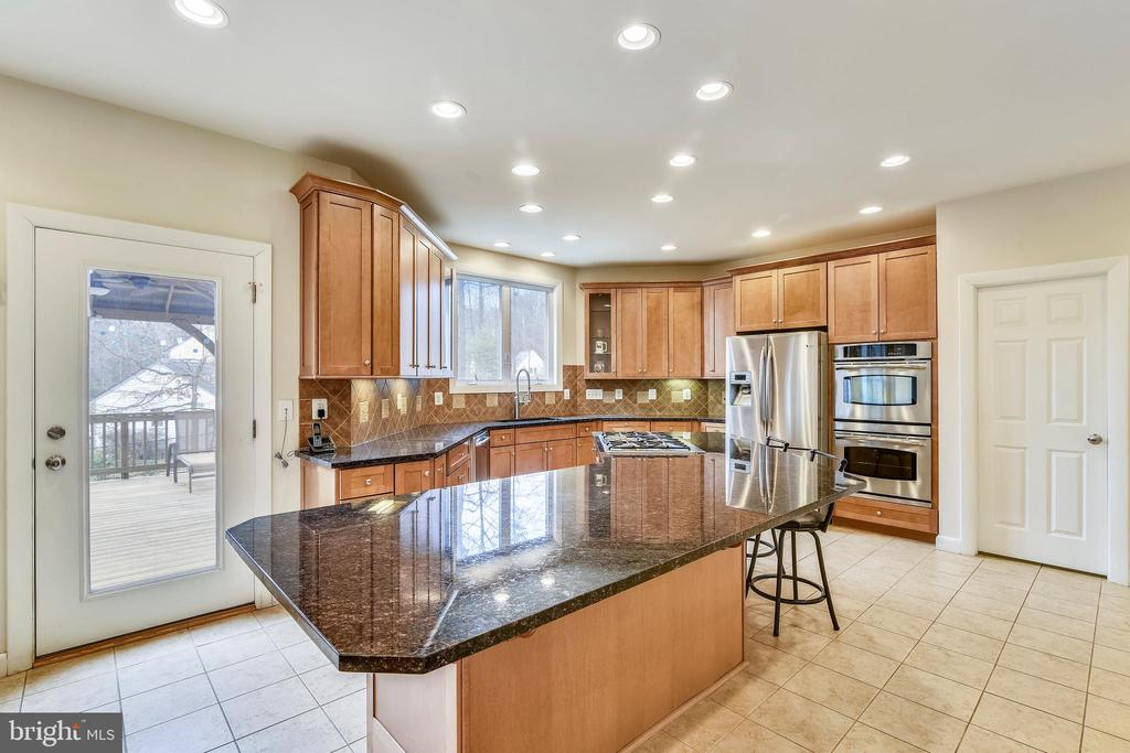 Two Spacious Pantries in Kitchen - 3446 VALEWOOD DR, OAKTON