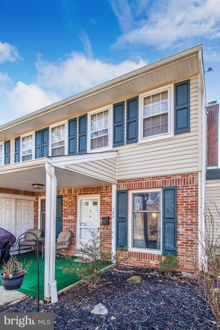 Photo of home for sale at 709 Middleton Place, Norristown PA