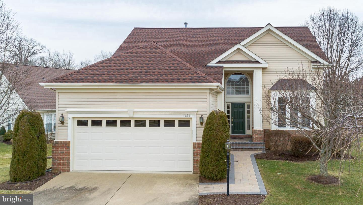 Additional photo for property listing at 13611 Basket Ring Ct Gainesville, Virginia 20155 United States