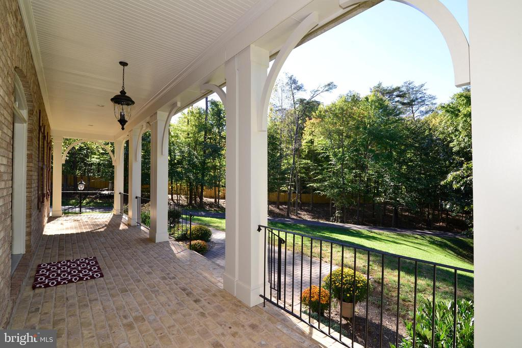 Inviting front porch - 12794 YATES FORD ROAD, CLIFTON