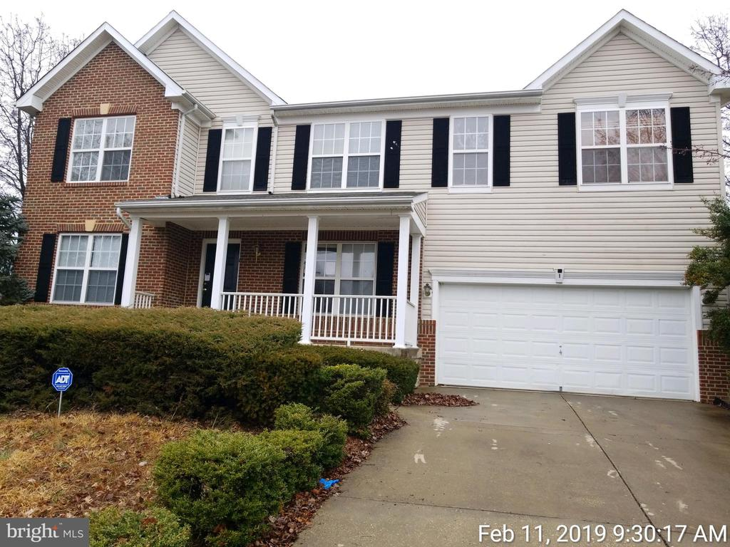 3 Level Colonial on Corner Lot - 1 CORAL CT, FREDERICKSBURG
