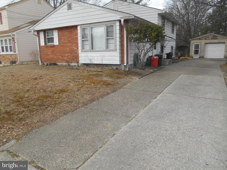 Maison unifamiliale pour l Vente à 173 LA PIERRE Avenue Lawnside, New Jersey 08045 États-Unis