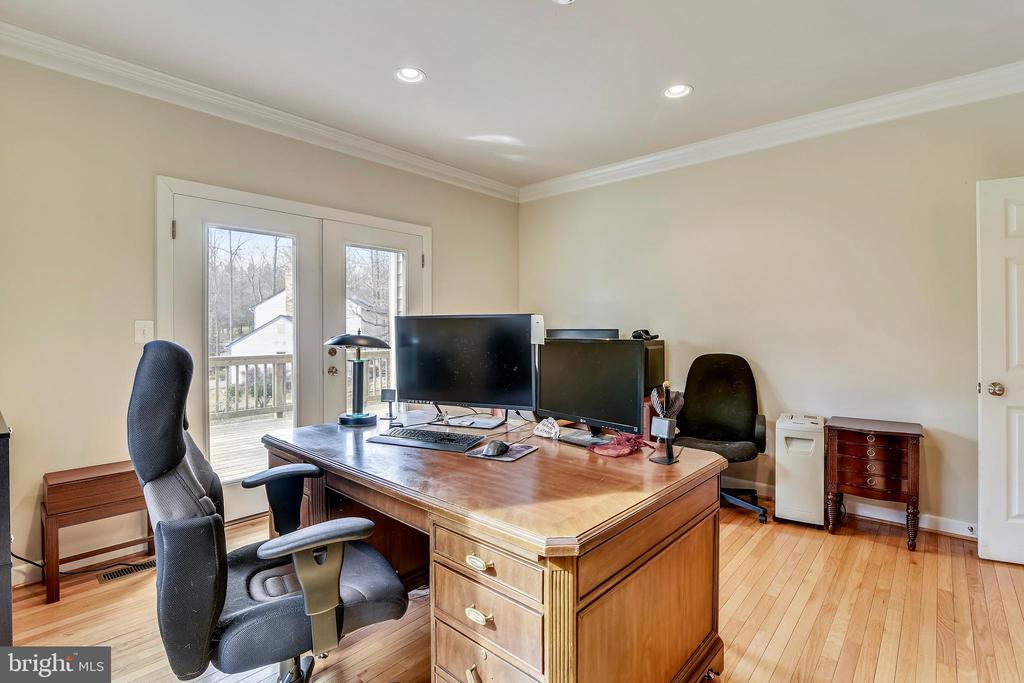 Office/Den - 3446 VALEWOOD DR, OAKTON