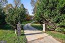 Just over a 1 Acre lot. - 3446 VALEWOOD DR, OAKTON