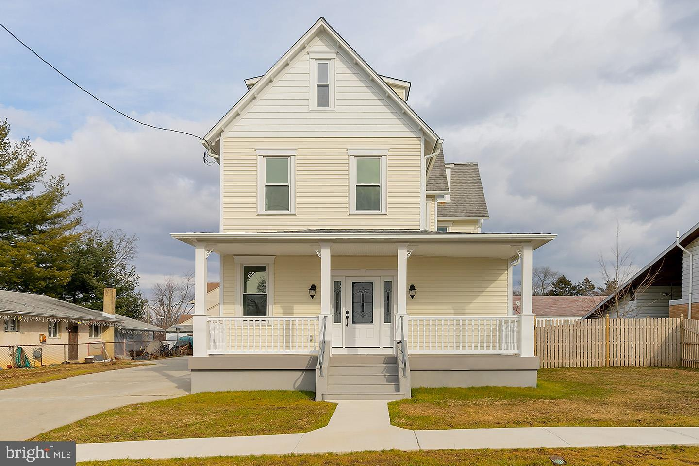 Single Family Home for Sale at 810 CENTRAL Avenue Gloucester, New Jersey 08029 United States