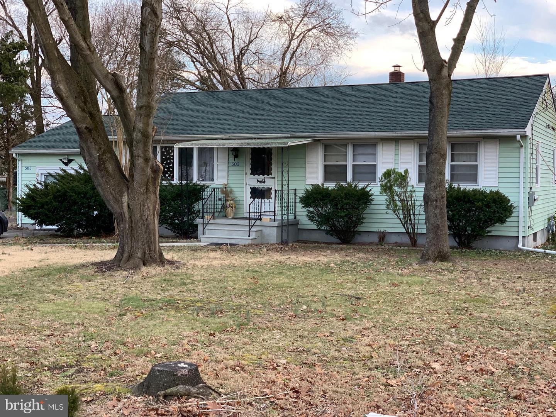 Частный односемейный дом для того Продажа на 503 W SUMMER Avenue Minotola, Нью-Джерси 08341 Соединенные Штаты