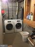 laundry - 4 DARUS CT, STERLING