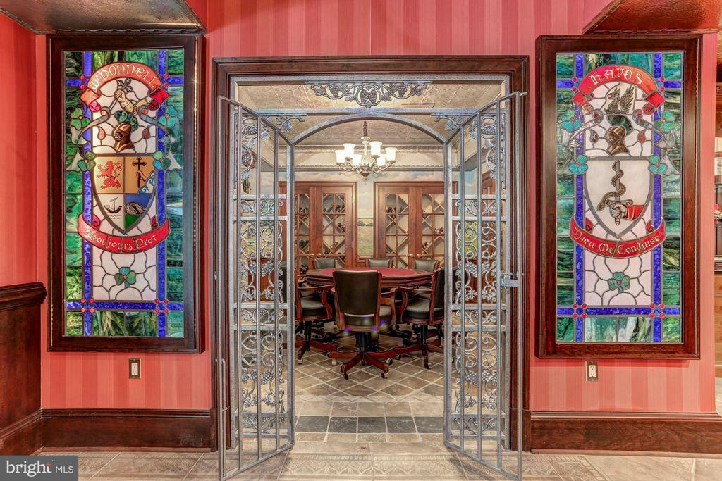 Card room / wine tasting room with gated entry - 7984 GEORGETOWN PIKE, MCLEAN