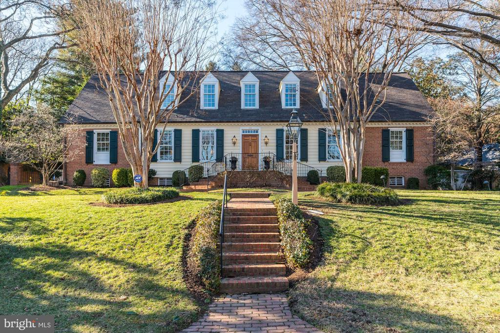 502  CATHEDRAL DRIVE, Alexandria, Virginia