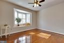 4th upstairs bedroom with bow window and seat - 1017 TYLER ST, HERNDON