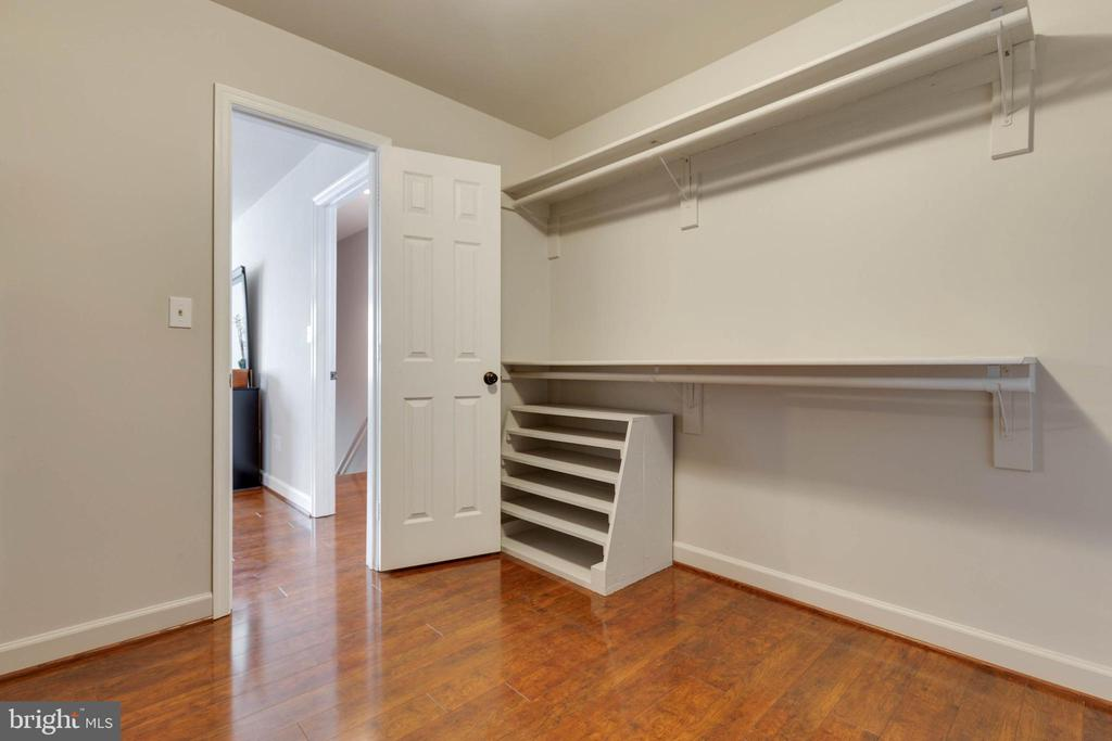 Walk in closet off the Master Bedroom - 1017 TYLER ST, HERNDON