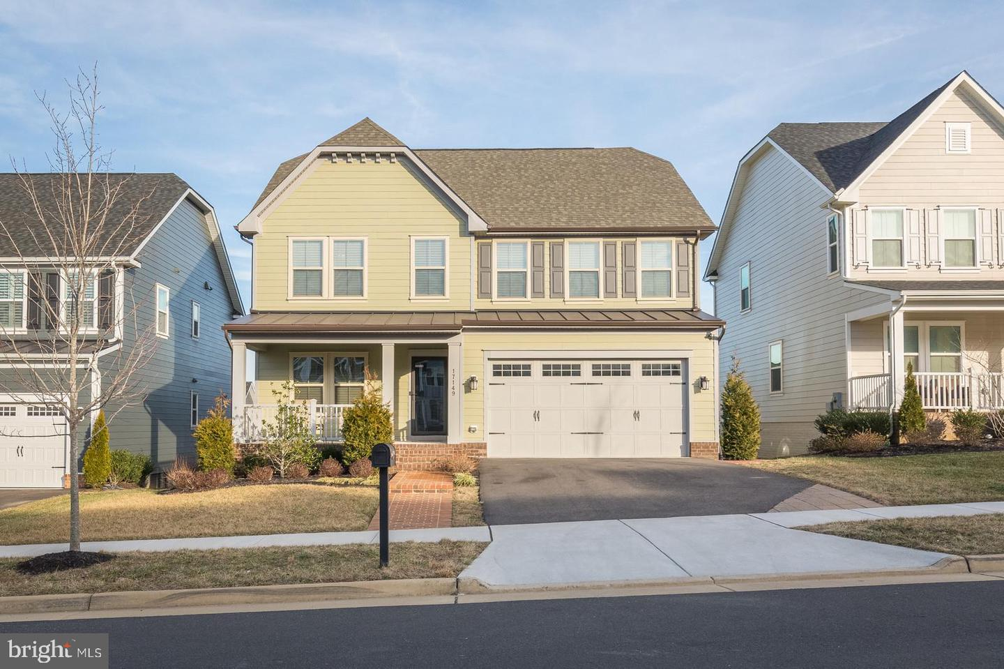 Single Family for Sale at 17149 Sea Skiff Way Dumfries, Virginia 22026 United States