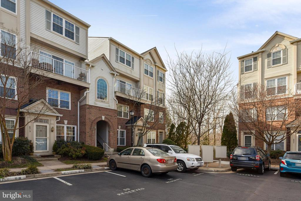 Franconia Homes for Sale -  Townhome,  6015  TERRAPIN PLACE  302