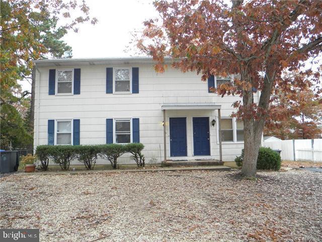 Duplex pour l Vente à 23 ATLANTIS Avenue Manahawkin, New Jersey 08050 États-UnisDans/Autour: Stafford Township