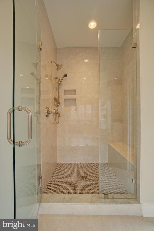 Master Bath Shower - 2550 VALE RIDGE CT, OAKTON