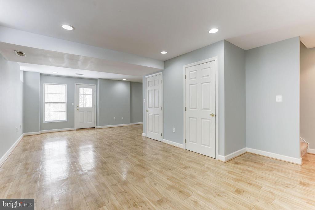 Improved Basement - 43127 LLEWELLYN CT, LEESBURG