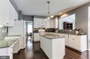Kitchen - 43127 LLEWELLYN CT, LEESBURG