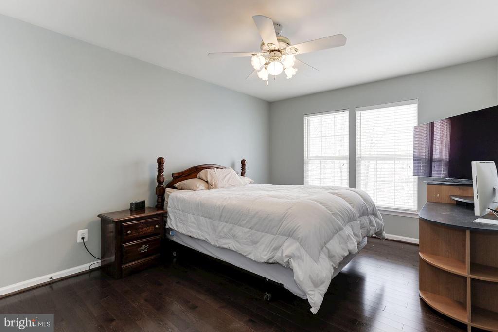 Bedroom 3 - 43127 LLEWELLYN CT, LEESBURG