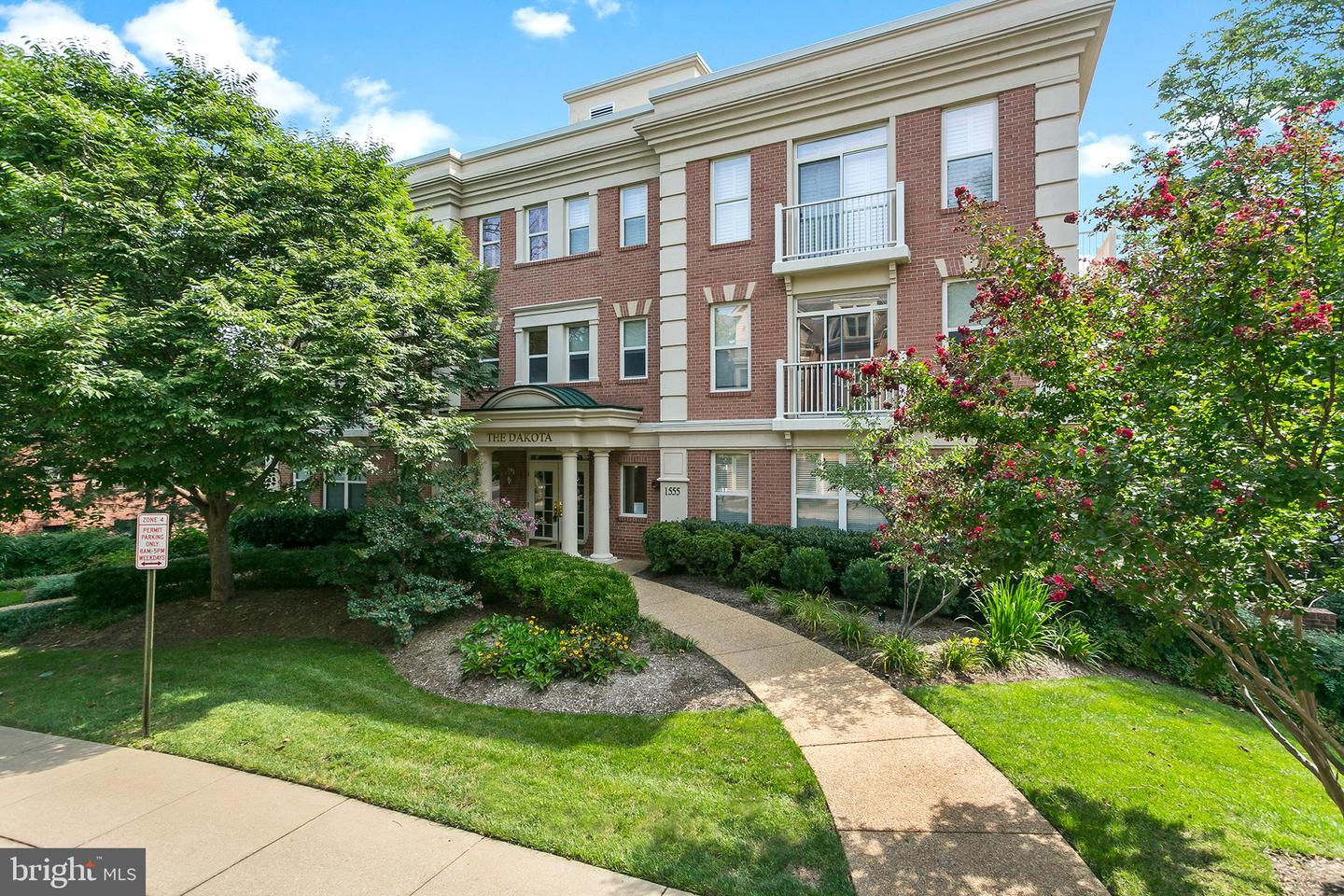 Single Family for Sale at 1555 N Colonial Ter #500 Arlington, Virginia 22209 United States