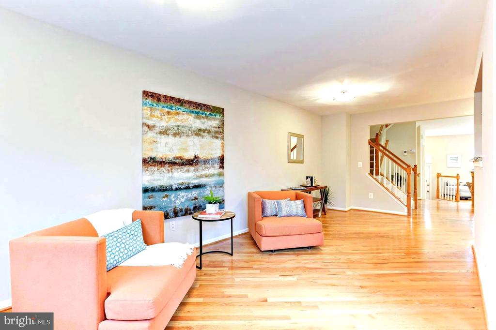 Spacious open living - 1460 PARK GARDEN LN, RESTON