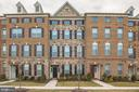 - 43179 DEVERON SQ, ASHBURN