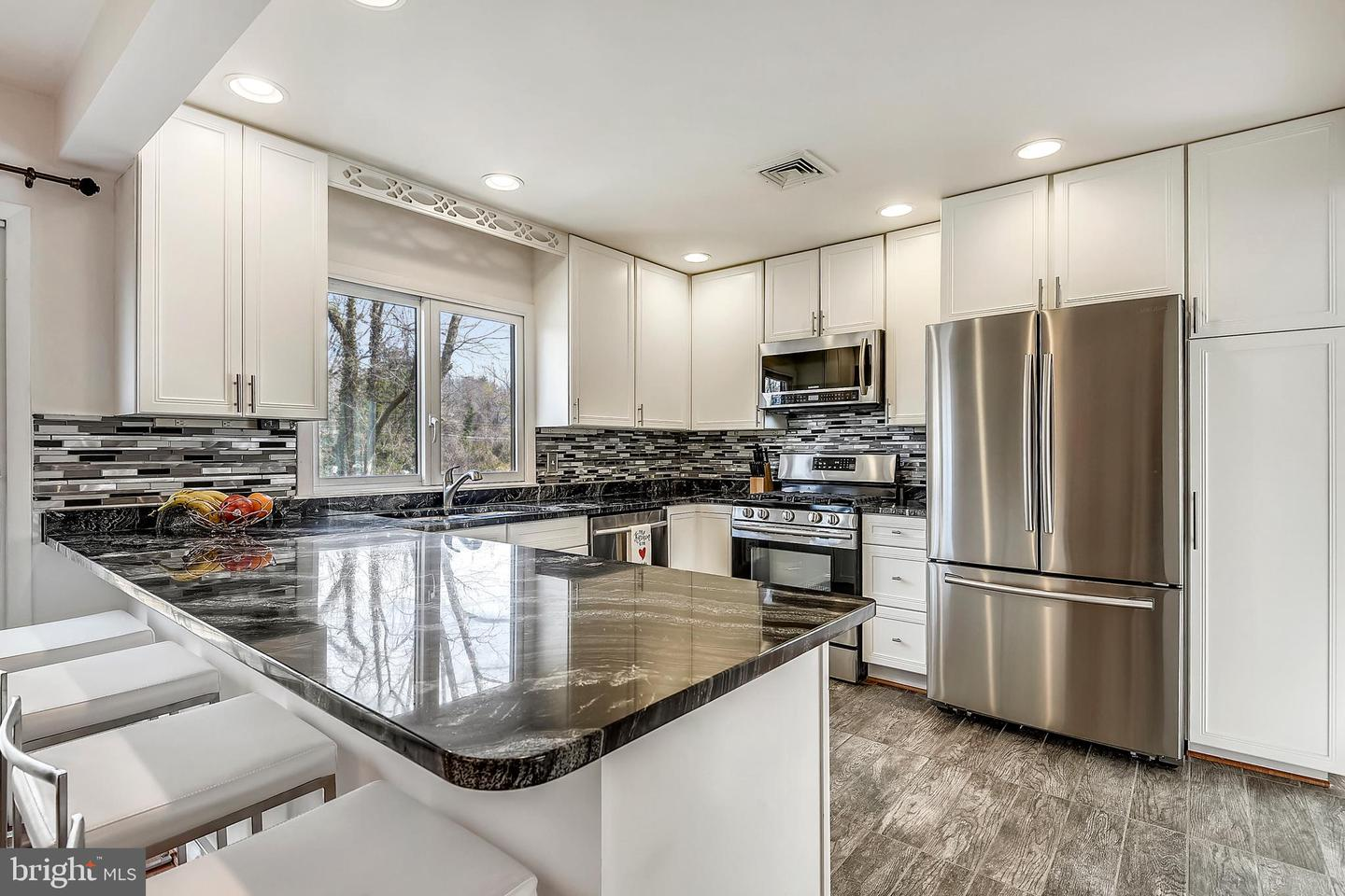 Single Family for Sale at 1655 East Ave 1655 East Ave Mclean, Virginia 22101 United States