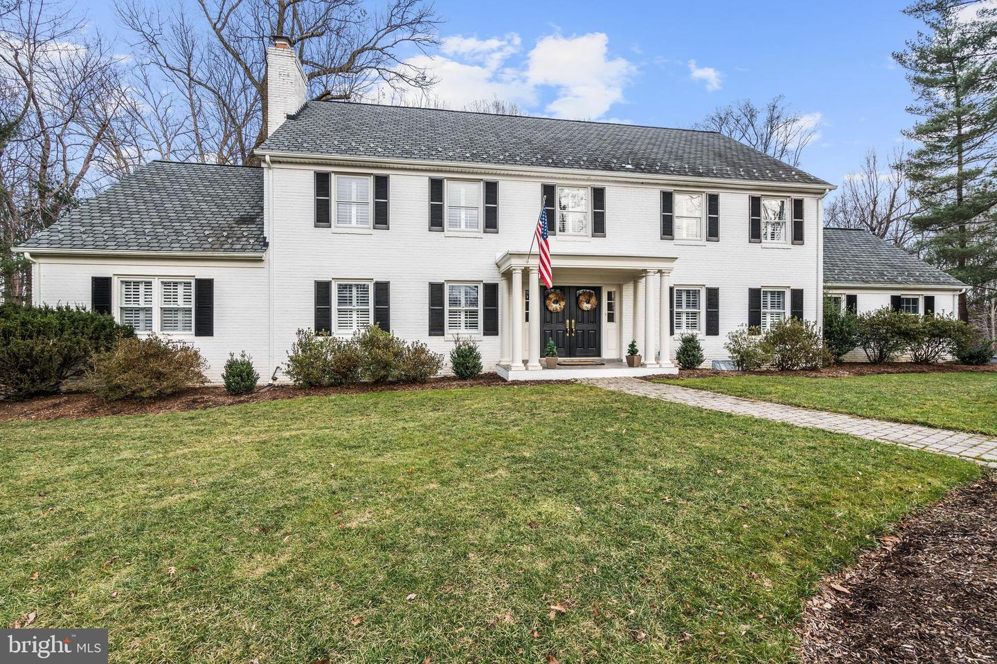 1143 DALEVIEW DRIVE, MCLEAN, Virginia
