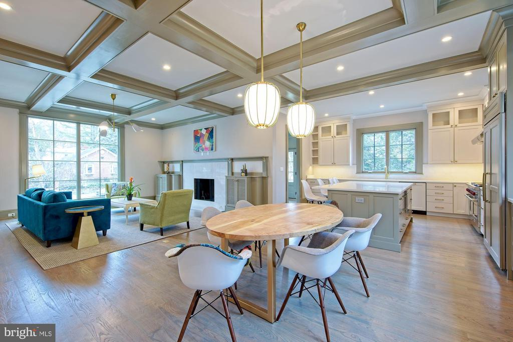 Modern open-plan layout - 5400 CATHEDRAL AVE NW, WASHINGTON