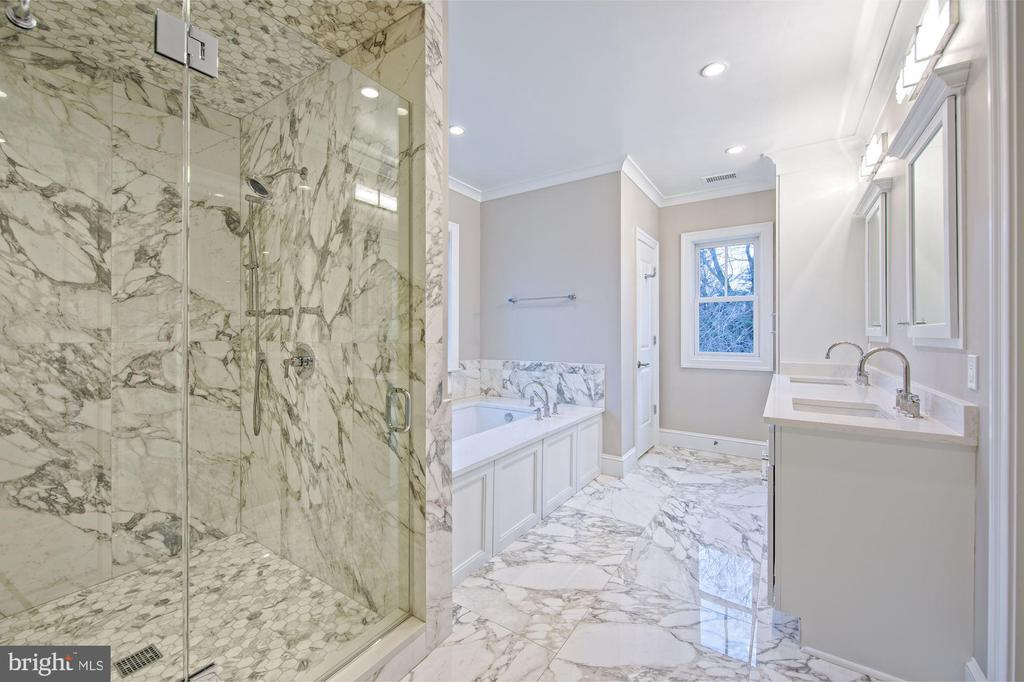 Marble-clad bath with soaking tub  beautiful showe - 5400 CATHEDRAL AVE NW, WASHINGTON