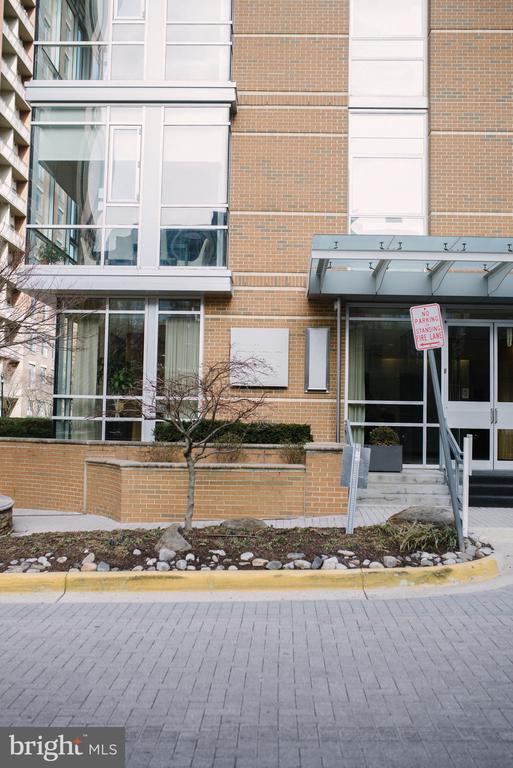 Main Mid Town North Entrance from New Freedom - 12025 NEW DOMINION PKWY #313, RESTON