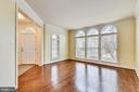 Formal living room has gorgeous hardwood floor - 16600 FERRIERS CT, LEESBURG