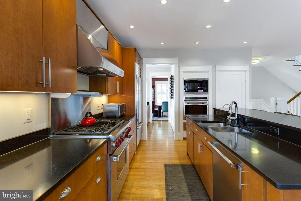 Chef~s kitchen with  Wolf and Subzero Appliances - 2805 23RD RD N, ARLINGTON