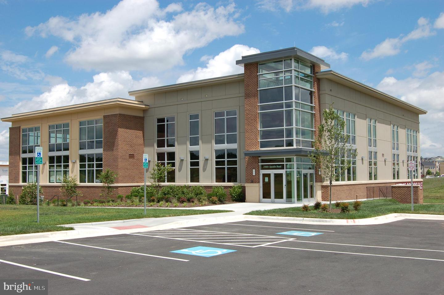 Commercial for Sale at 21001 Sycolin Rd #340 Ashburn, Virginia 20147 United States