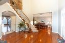 Grand Two Story Foyer - 43341 CEDAR POND PL, CHANTILLY