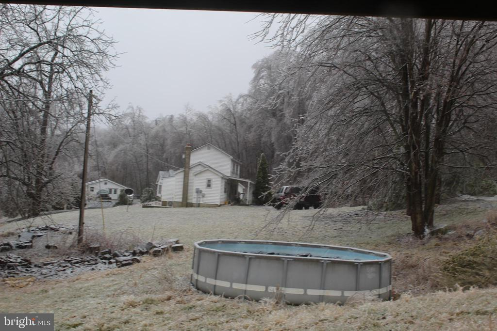 Back yard - 31 HEADWATERS RD, CHESTER GAP