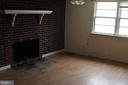lower living room - 31 HEADWATERS RD, CHESTER GAP