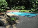 Heated pool with spa - 11102 DEVEREUX STATION LN, FAIRFAX STATION