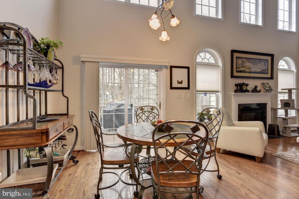 Eat in kitchen with exit to extra large deck. - 8830 WARM GRANITE DR DR #51, COLUMBIA
