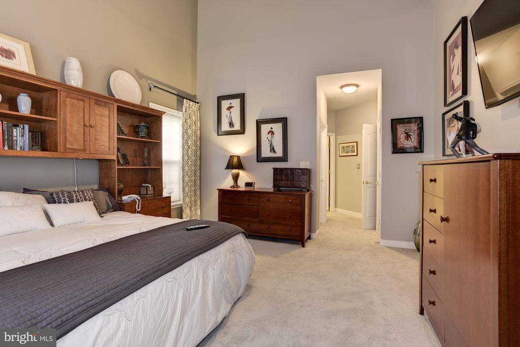 First Floor Master - 8830 WARM GRANITE DR DR #51, COLUMBIA