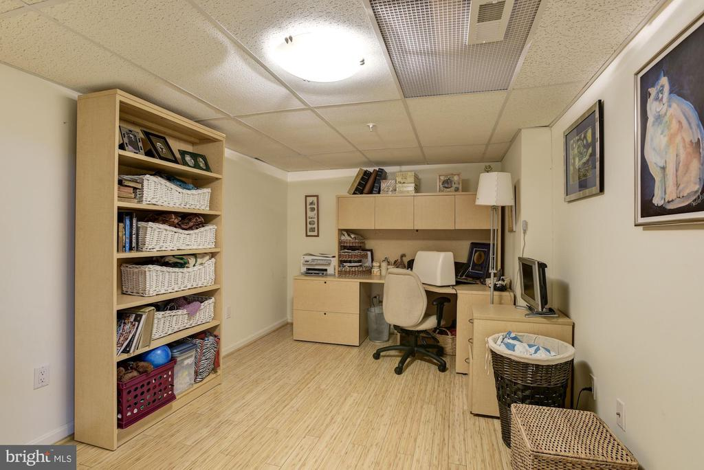 Office or whatever you want it to be - 8830 WARM GRANITE DR DR #51, COLUMBIA