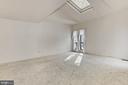 Living Room - 3666 RUSSELL RD, WOODBRIDGE