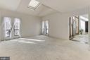 Living Room / Foyer - 3666 RUSSELL RD, WOODBRIDGE
