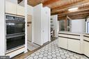 Kitchen / Family Room - 3666 RUSSELL RD, WOODBRIDGE