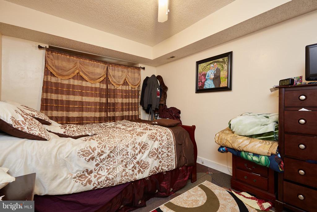 Unit 4 - Bedroom - 1905 CONSTITUTION AVE NE, WASHINGTON